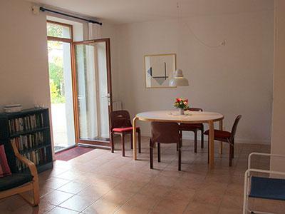 Paradix apartment 1 — dining