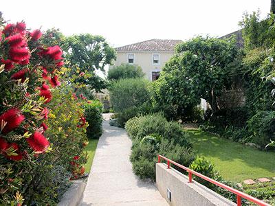 garden - entrance to Paradix